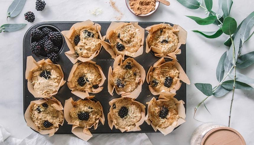 Leckere Muffins mit der Hilfe von Toppits® Backpapier.