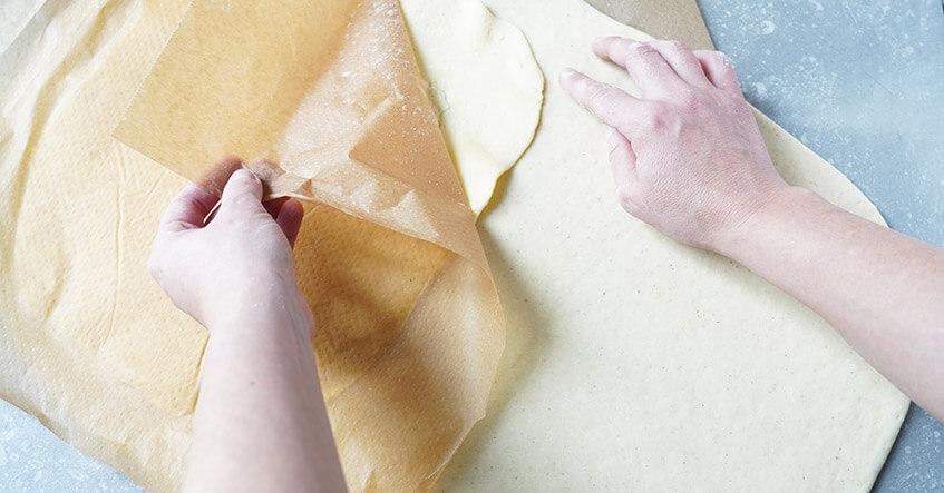 Schrittweise Zubereitung Franzbrötchen